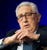 Tony Gosling, ex periodista de la BBC: Kissinger debería ser arrestado si ingresa a Chile