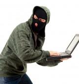 Roban computador de periodista que reveló documentos secretos de la DINA