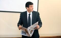 Ex director de la ANI copiaba informes de internet