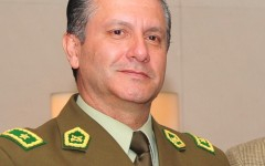 Carabineros esconde antecedentes de general implicado en escuchas ilegales