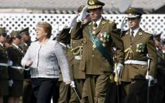 El perfil de los generales que compiten por el control de Carabineros