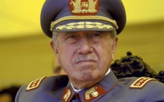 Periodista afirma que EEUU conoció actividades de narcotráfico de Pinochet