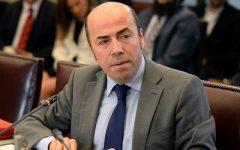 Contraloría declara ilegal oficio que impedía querellarse por platas políticas en SII de Bachelet