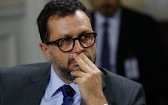 Ex inspector de la PDI que involucró a Hinzpeter en caso de narcotráfico demanda al Estado