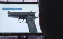 Armas de la PDI en manos de delincuentes: Extraño robo al cuartel central de la institución