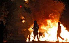 Investigan a dos carabineros por abrir fuego contra 10 manifestantes y ocultar patente