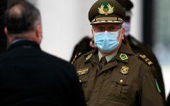 Acusan a general Ricardo Yáñez ante Justicia Militar: Habría omitido denunciar «montaje» en Pudahuel