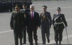 Piñera ordena rehacer sumario contra director de Gendarmería por presunto acoso laboral